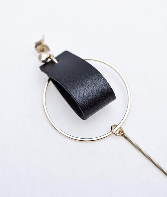 韓國銀環皮革綴式耳環