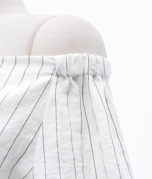 一字領設計條紋開釦綁帶洋裝