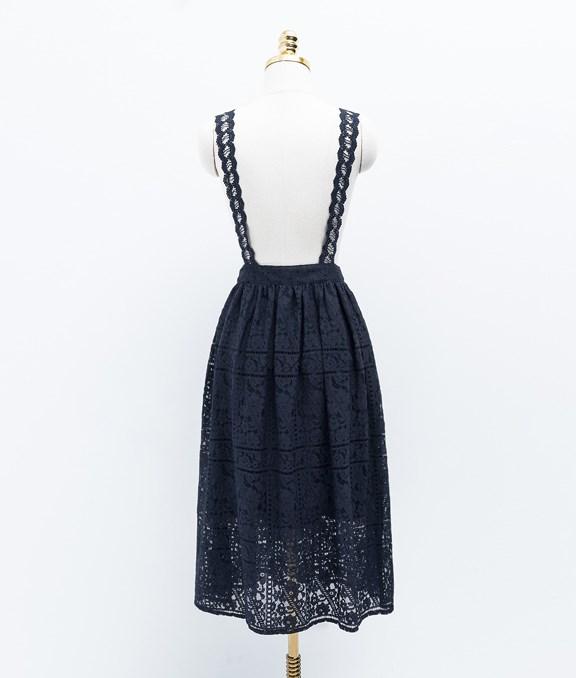 唯美浪漫蕾絲吊帶裙